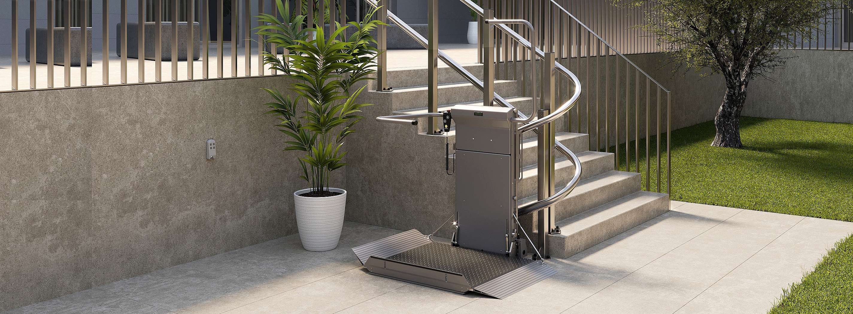 Stratos platform stairlift for wheelchair in public spaces