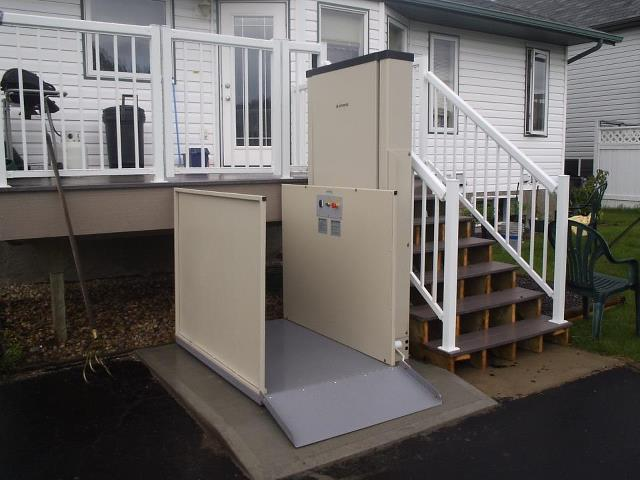 Elevex Vertical platform lift, wheelchair lift